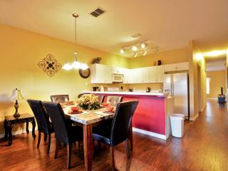 New Opening 4BR/3BA 1650 sqft Condo from $80/nt, 2 Miles to Disney