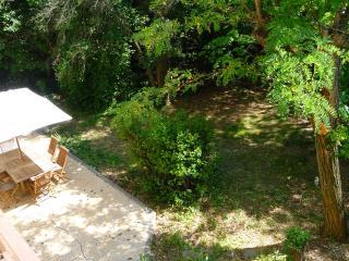 Le silence en ville, belle maison sur un parc., Montpellier