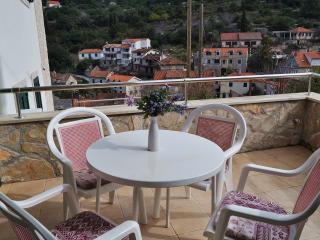 New apartment with terrace Solta Stomorska