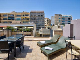 Stunning View Sliema Penthouse