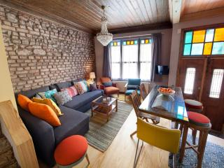 Tangerine House featured Maison Francaise Interior, Istanbul