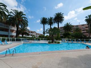 Elegante appartamento vista mare,piscina,tennis, Golfe-Juan Vallauris