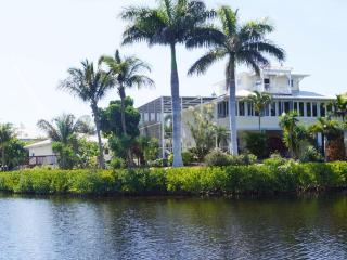 Villa Secret Garden incl. boat on Pine Island, Bokeelia