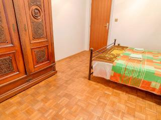 Apartment 2712, Stara Novalja