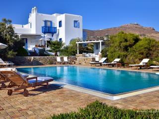 blueground Villa Phaedra in Mykonos, Lia, Kalafatis