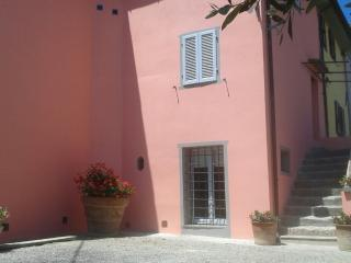 Apartment 'Leonardo'in cortona's country (2bd)