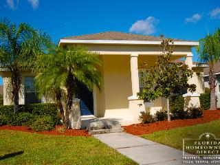 Trafalgar Village 4 bed/3 bath with spa and games, Kissimmee