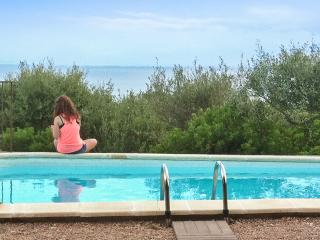 Villa with large swimming pool, stunning sea views / Gulf of sagone - Quiet and very spacious, Sagone