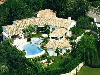 Air-conditioned luxury sea-view villa in Saint Paul de Vence, Provence, w/pool and tennis – 10min from beach, St-Paul de Vence