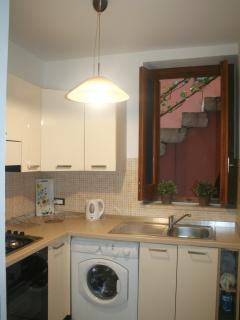 finestra della cucina appartamento Glicine