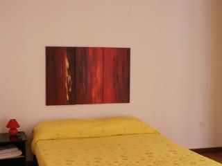 Camera da letto 1 red apartment