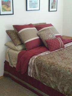 Master bedroom. Brand new super comfy bed with all new bedding