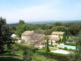 Mas Alpilles Holiday villa rentals in Saint Remy