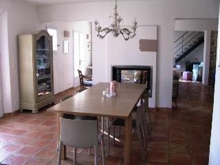 Maison Puyricard villa rental france, provence, aix-en-provence, villa to rent southern france, provence, villa to let puyricard, Aix-en-Provence