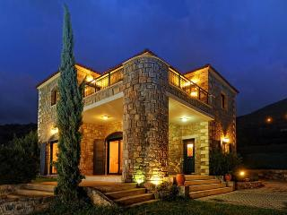 Casa Helicon rent villas Crete Greece