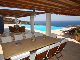 Lia Cassara Luxury Mykonos Property
