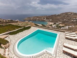 Villa Rhenianos II Renting villas on Mykonos with Rentavilla.com, Míkonos