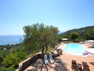 Villa Cilento villa for rent on Amalfi coast, villa near Salerno, villa view Amalfi , walk to town villa, villa with pool to let Italy, Villammare