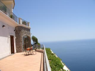 Furore Estate Amalfi villa rental, self catered villa Amalfi Coast Italy
