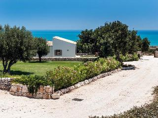 Scicli Estate holiday vacation large villa rental italy, sicily, near beaches