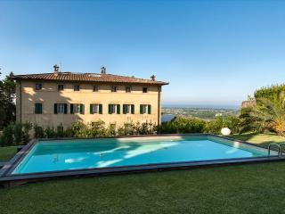 Villa Versilian holiday vacation large villa italy, tuscany, lucca