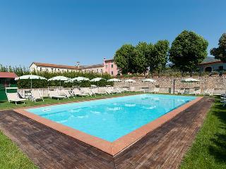 Villa Ambrosia holiday vacation villa rental italy, tuscany, lucca, wedding, spe