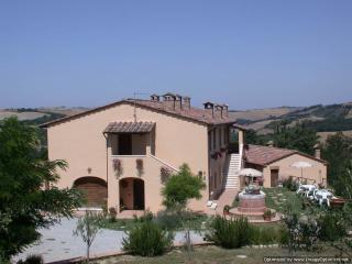 La Coppina - The Dolce farmhouse to rent near Siena, Tuscan home to let, holiday rental Tuscany, Asciano