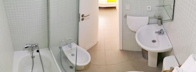 Bathroom in suite 2