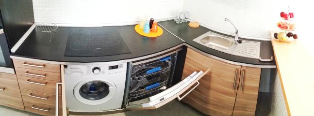 Washing machine and dishwasher