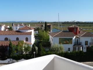 New Luxury 2 Bedroom Apartment, Roses, Costa Brava
