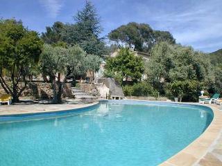 Ceyreste Golf of La Ciotat, Large villa 10p fantastic pool in huge pine forest
