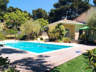 Sanary Sanary-s/Mer Var, Modern Villa 6p 0.6 ml from the beach