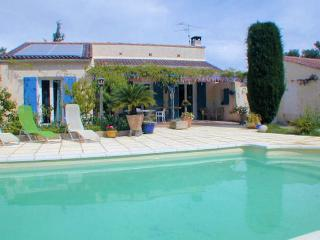 Orgon Bouches-du-Rhône, Villa 6p quiet area, privat pool