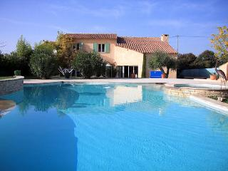 Pertuis South Luberon, Comfortable villa 8p private pool