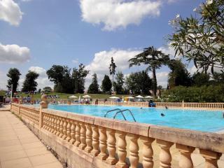Villa en Residence de vacances avec piscine, golf