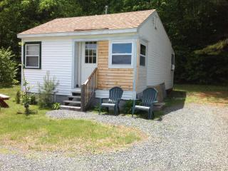 Grams cottage. 2 bedroom mountain views, Campton