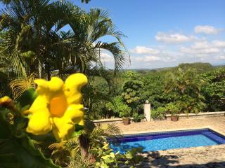 Private 6 Home Eco-Friendly Estate Near Jaco