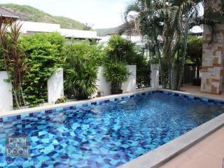 Villas for rent in Hua Hin: V6189