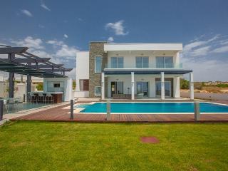 RUIVIL02 Luxury VIP Sea Front Villa, Ayia Napa