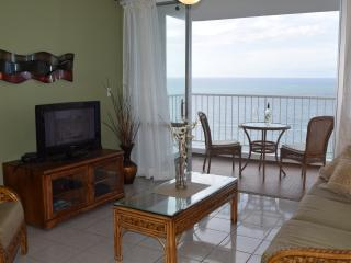 Just listed on Flipkey ocean front, ocean view apt
