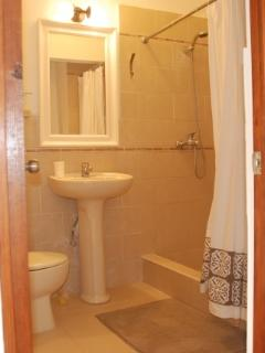 Detached Studio - Bathroom