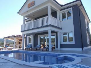Luxury & Comfort  Villa  MIA - MARINA, Trogir area, Marina