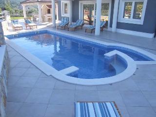 Luxury & Comfort  Villa  MIA - MARINA, Trogir area