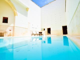Stylish Maltese Villa, Naxxar