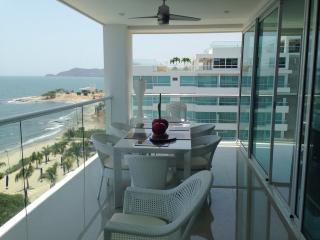 Más exclusivo y lujoso edificio en Santa Marta 0200