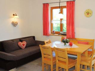 Vacation Apartment in Lenggries - 581 sqft, new, high quality, comfortable (# 8538)