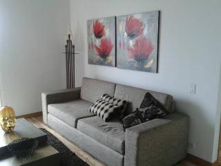 2 BEDROOM APARTMENT IN CASTROPOL WITH AMAZING VIEW, Medellin