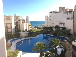 Penthouse/Parking/PrivatePool/Beach, Estepona