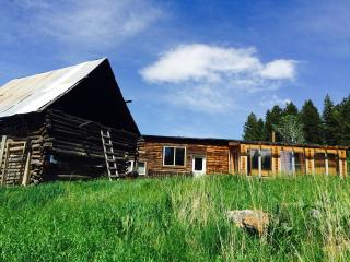 Mountain Ranch near Yellowstone Park, Pray