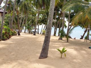 On the Beach Seaview 1 Bedroom Villa